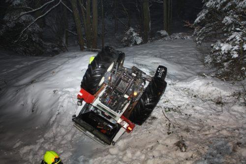 Traktorbergung in Aigelsbach am 02.02.2017