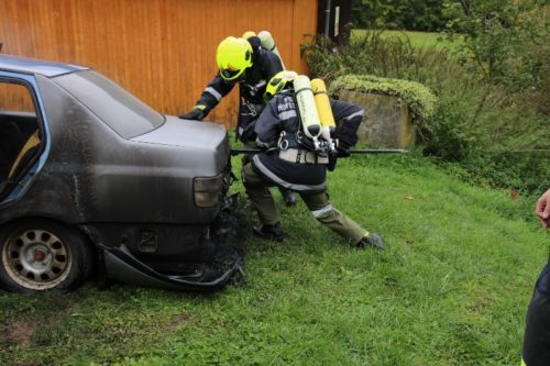 Fahrzeugbrand in Plambach, 16.09.2017